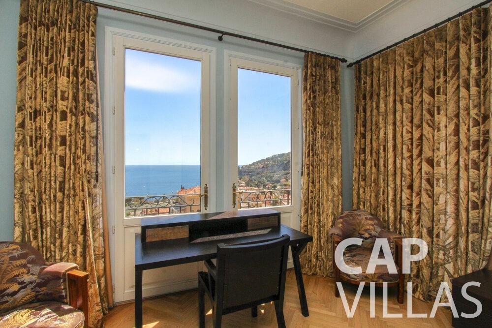 holiday rental Villa Sunflower villefranche bedroom