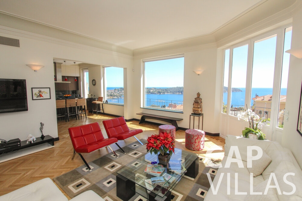 let Villa Sunflower villefranche living area