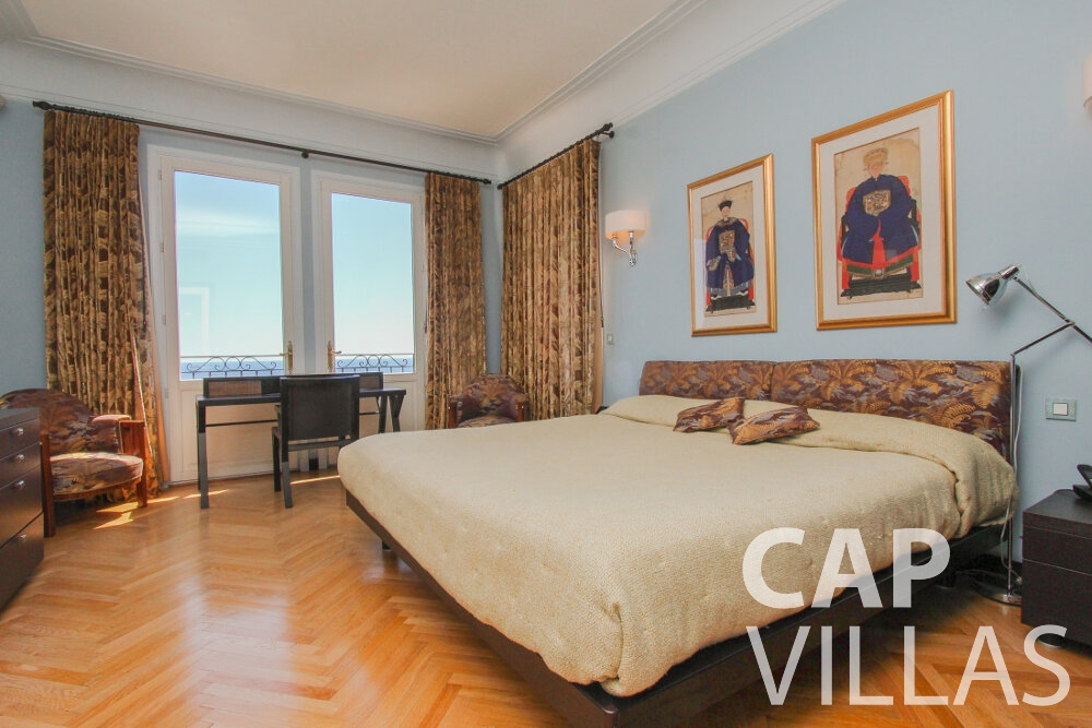 rent Villa Sunflower villefranche bedroom
