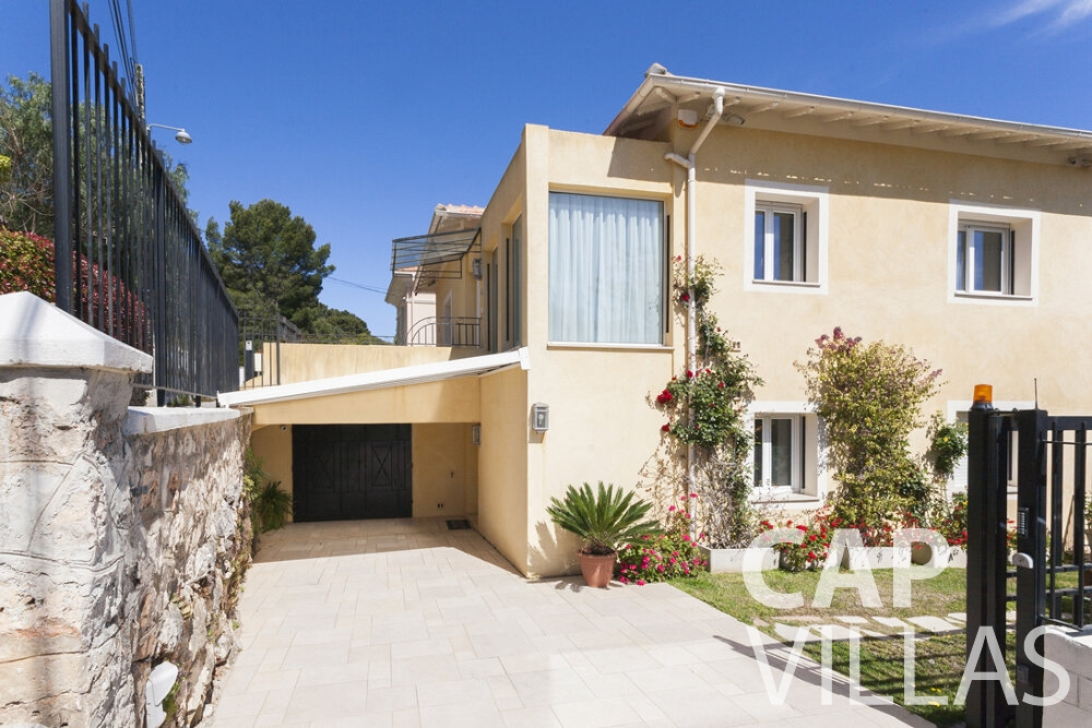 property for sale villefranche villa