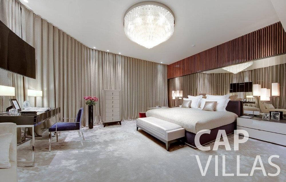 holiday rental Villa Anemone cap dail bedroom
