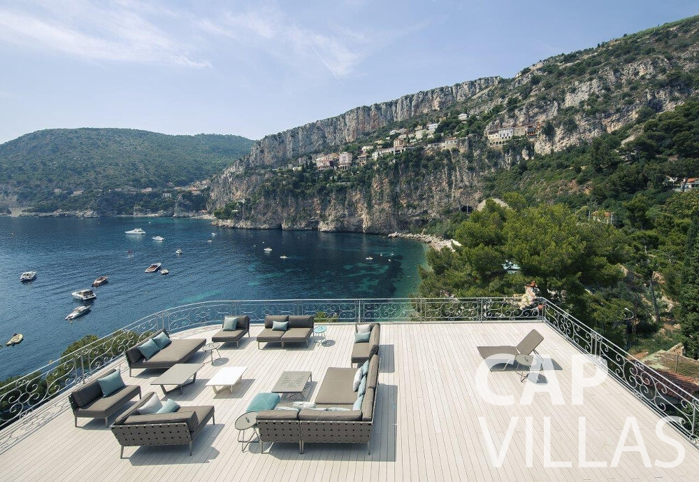 rent Villa Anemone cap dail terrace