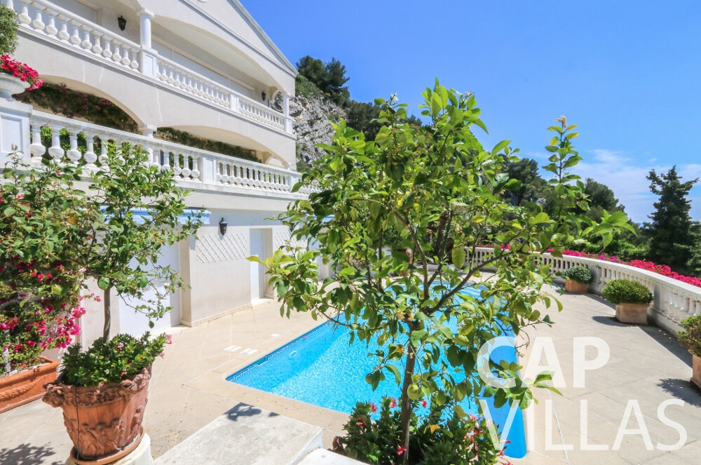 holiday house for sale cap dail terrace