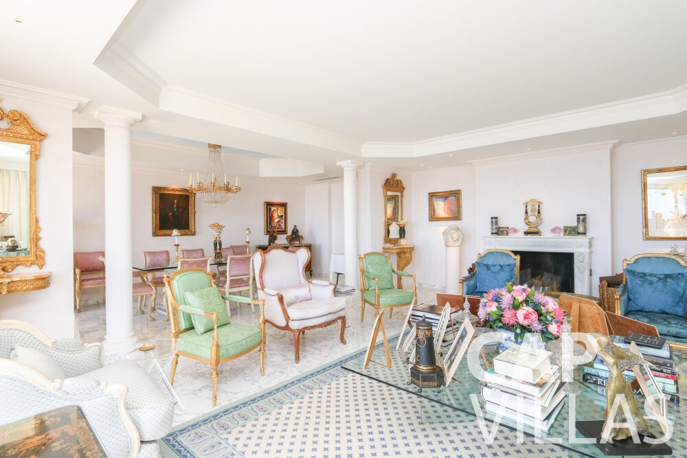 villa for sale cap dail living area