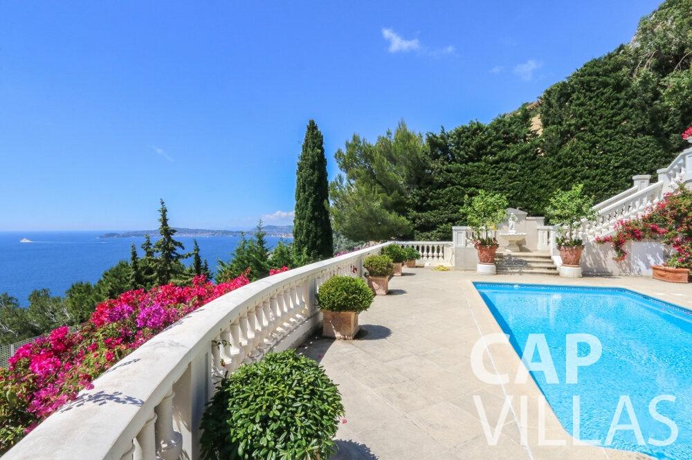 villa for sale cap dail sea view