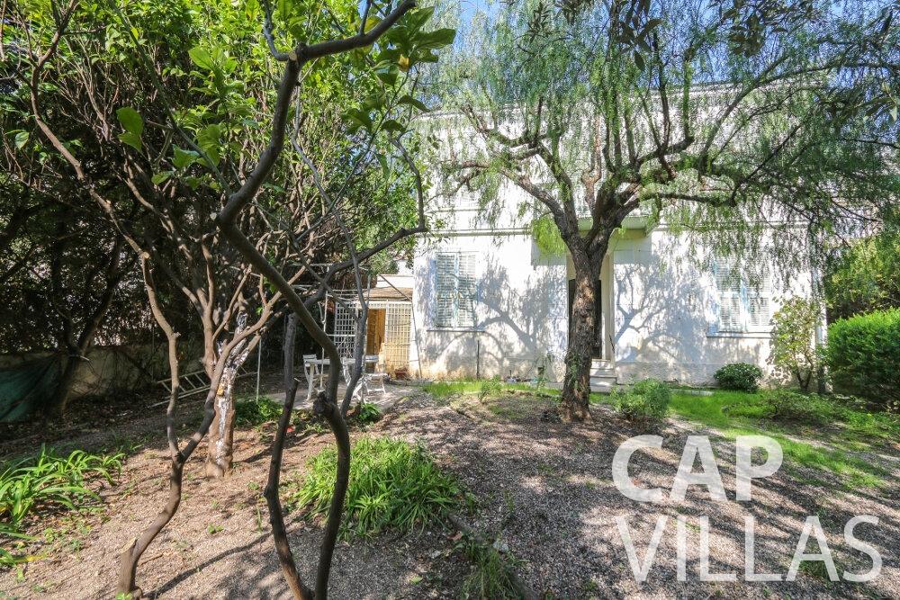 property for sale beaulieu villa