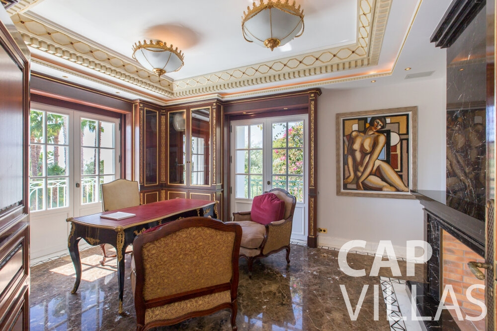 property for sale cap ferrat room