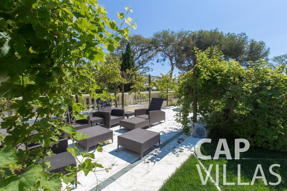 villa for sale cap ferrat terrace