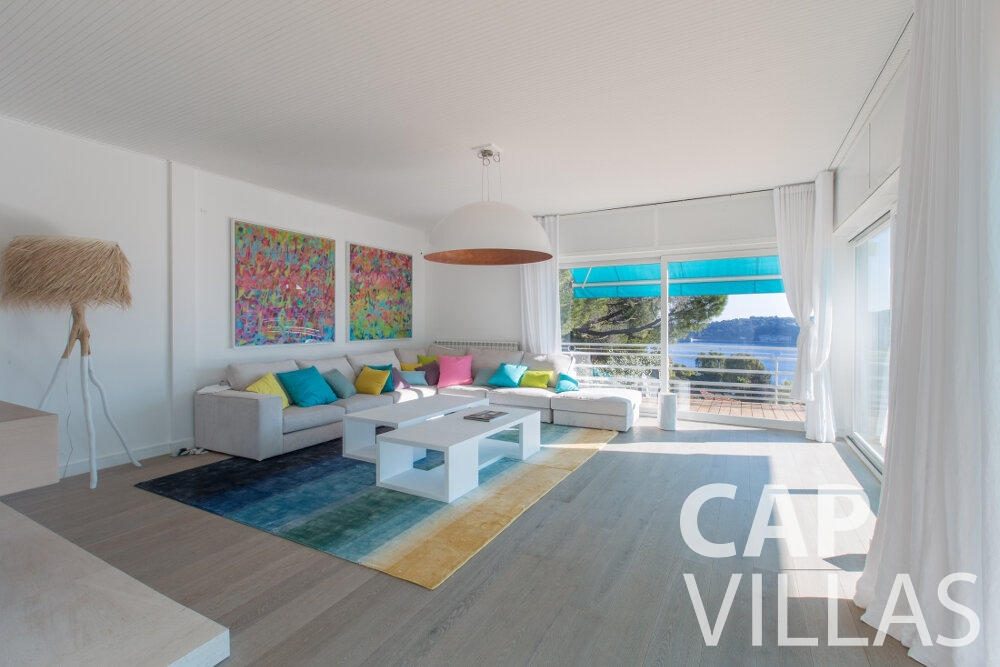 villa for sale villefranche living area