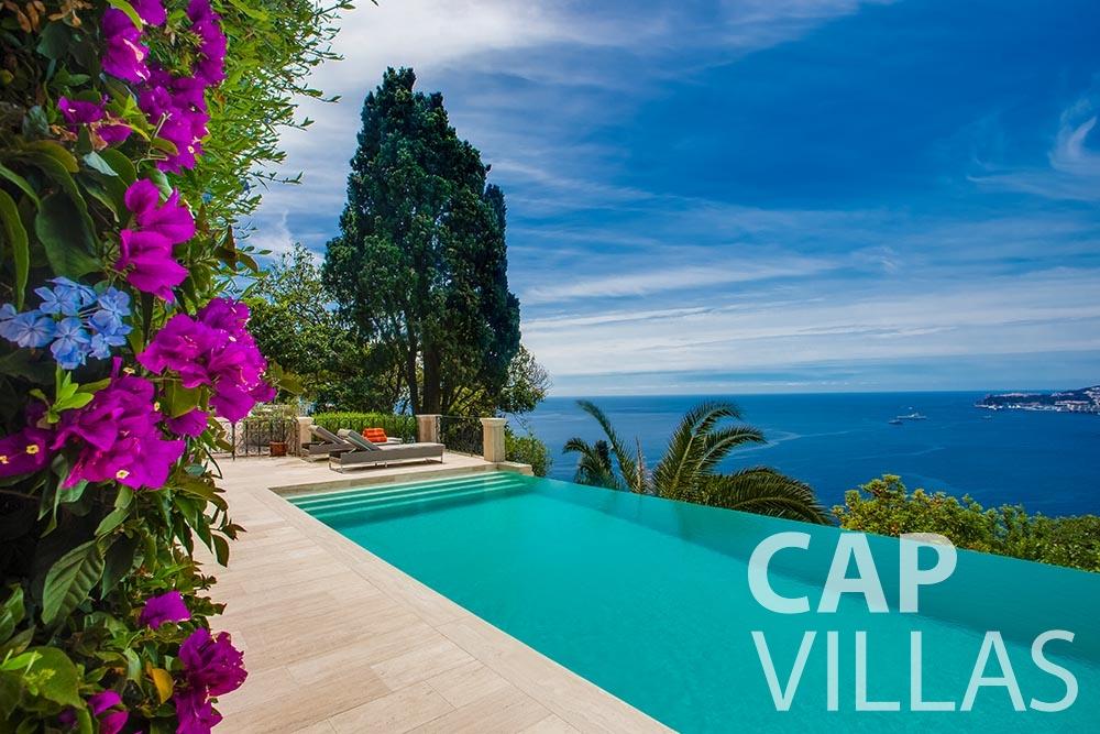 let Villa Anna anna cap martin roquebrune swimming pool