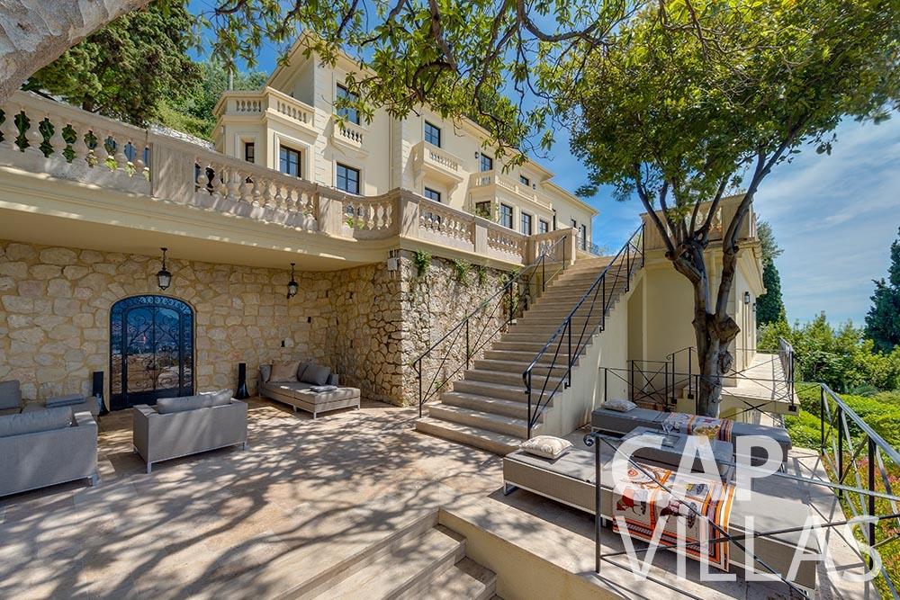 let Villa Anna anna cap martin roquebrune terrace