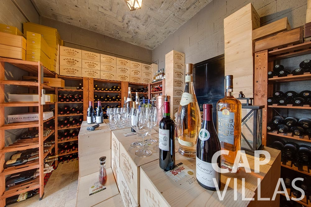 rent Villa Anna anna cap martin roquebrune wine cellar