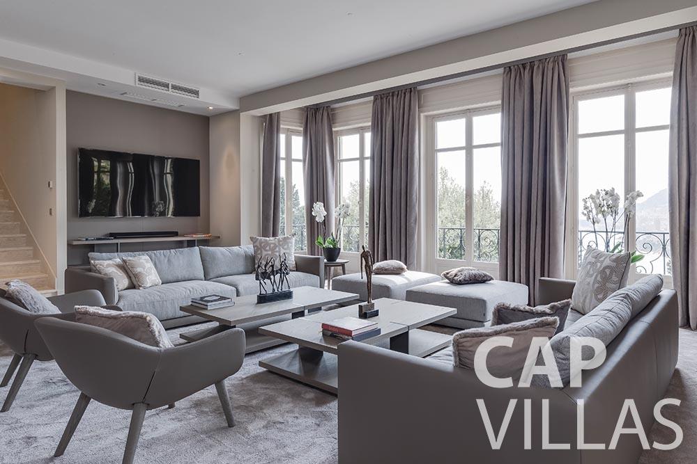 rent Villa Anna cap martin roquebrune anna living area