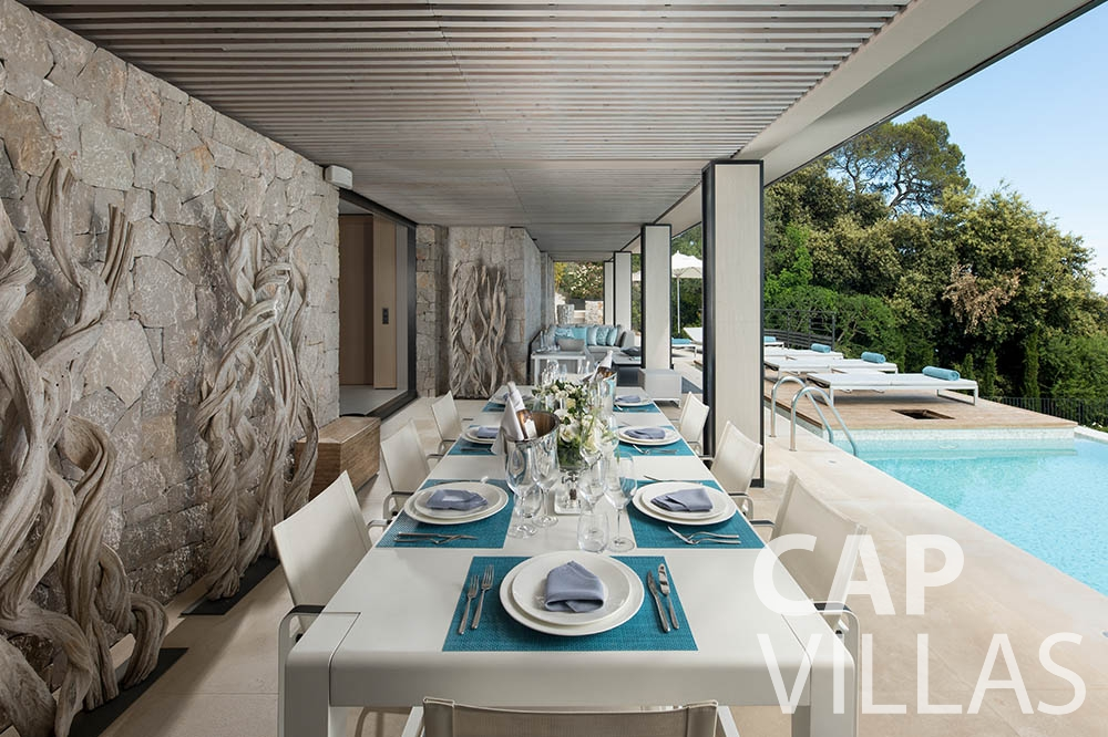 holiday rental villefranche sur mer Villa Bayview bayview terrace dining area