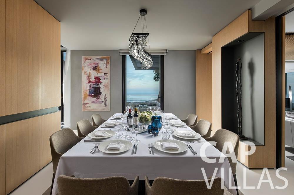 rent Villa Bayview villefranche sur mer Villa Bayview bayview dining area
