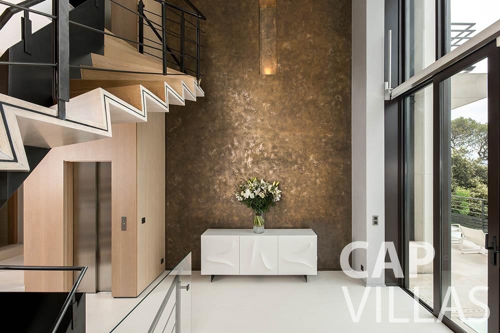 rent Villa Bayview villefranche sur mer Villa Bayview entrance room