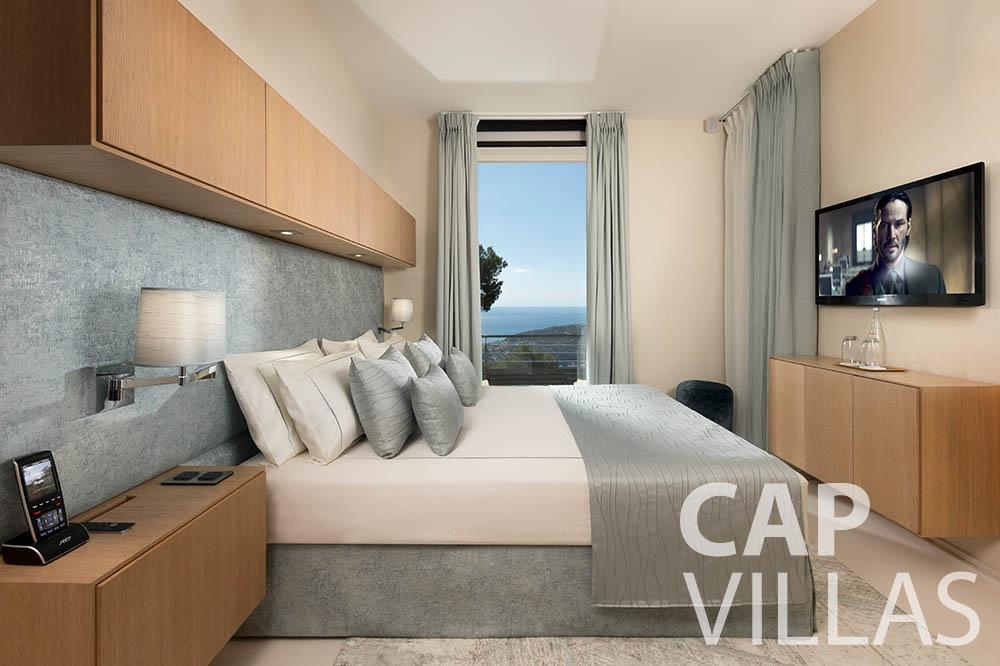 Villa Bayview for let villefranche sur mer Villa Bayview bayview bedroom