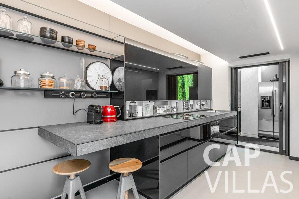 holiday rental Villa Bella bella saint laurent d eze kitchen