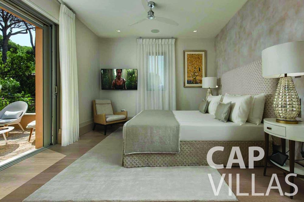holiday rental bellevue villefranche sur mer bedroom terrace view