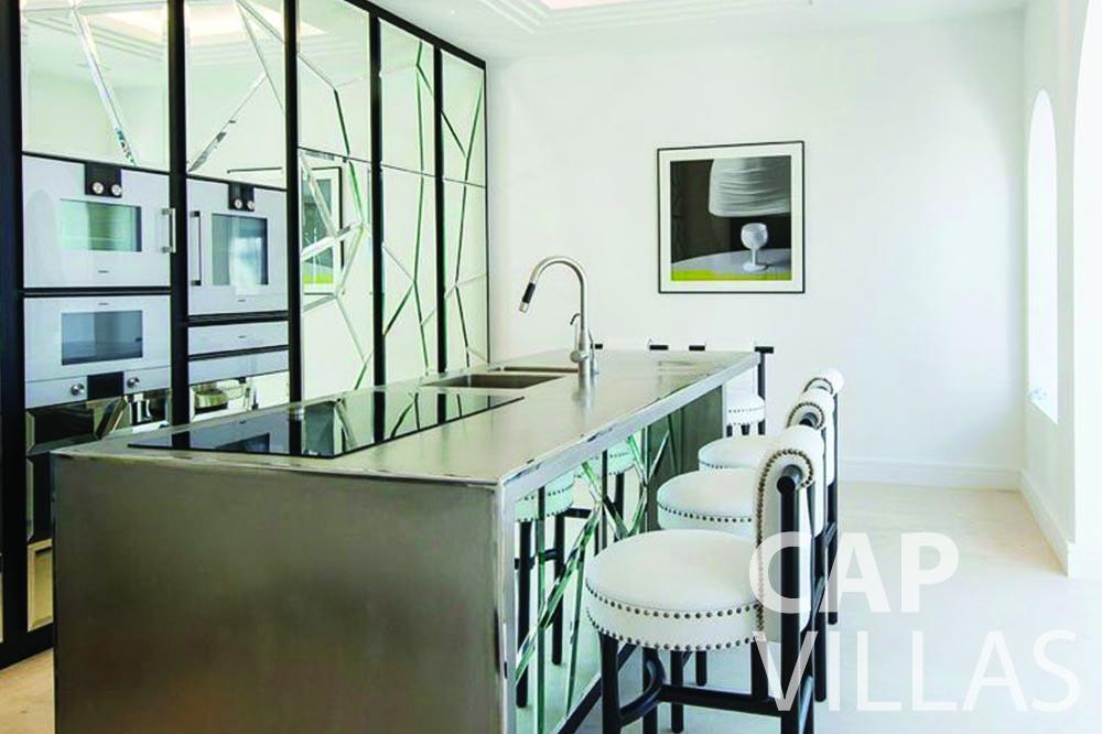 let Villa Bellevue bellevue villefranche sur mer kitchen dining area