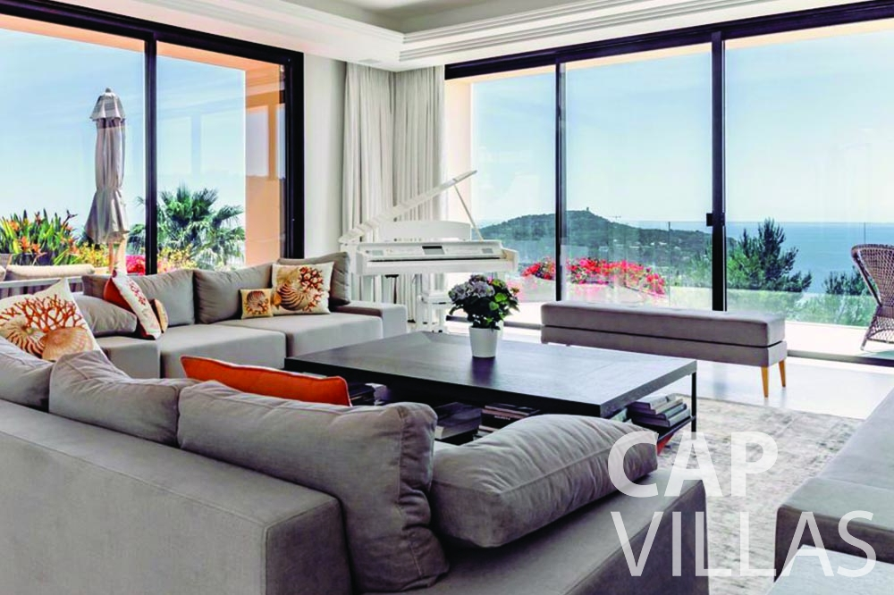 let Villa Bellevue bellevue villefranche sur mer living area