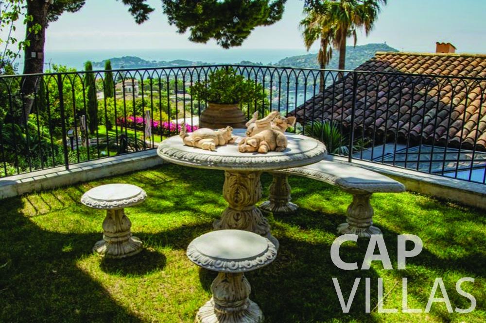 let Villa Bellevue bellevue villefranche sur mer terrace