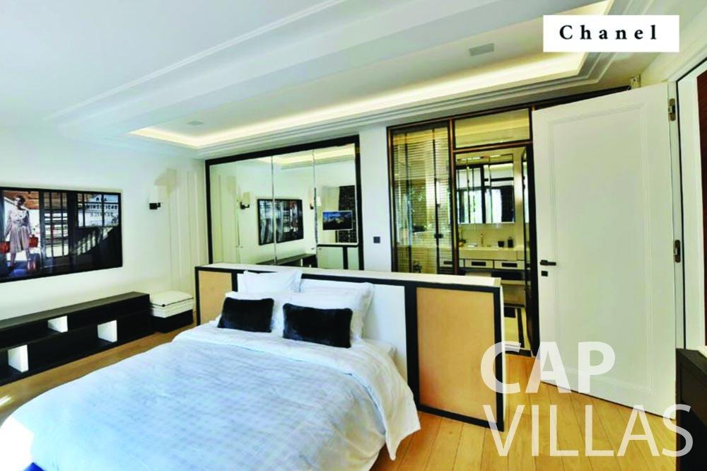 rent Villa Bellevue bellevue villefranche sur mer bedroom chanel