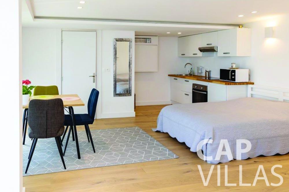 rent Villa Bellevue bellevue villefranche sur mer bedroom