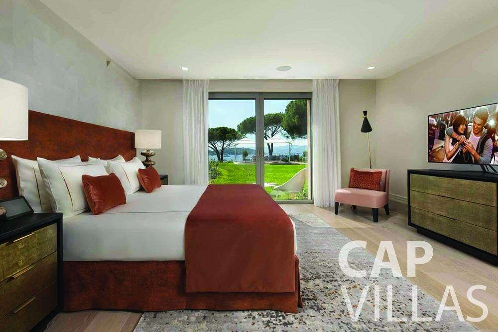 rent Villa Bellevue bellevue villefranche sur mer bedroom terrace view