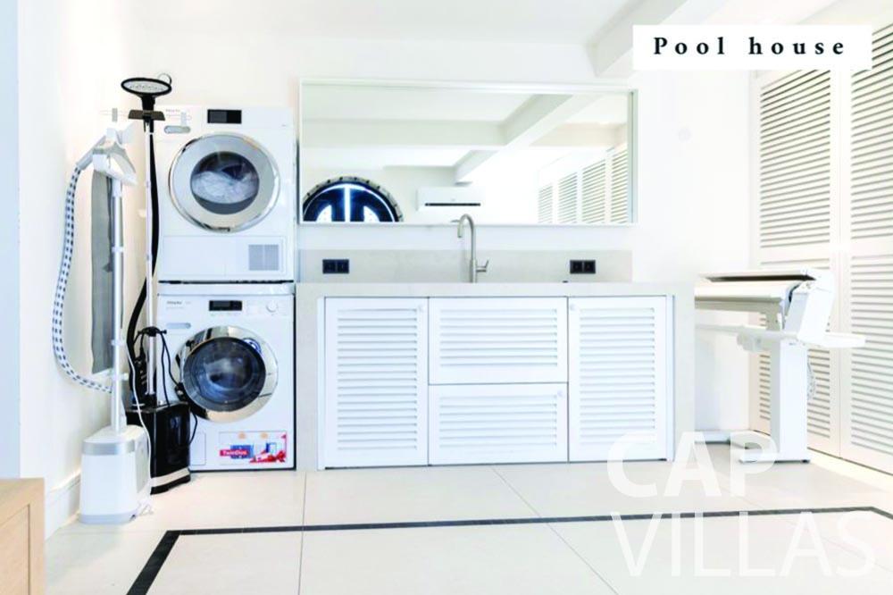 rent Villa Bellevue bellevue villefranche sur mer laundry room