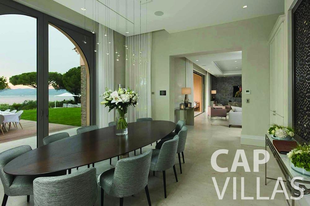 rent Villa Bellevue bellevue villefranche sur mer living area dining table