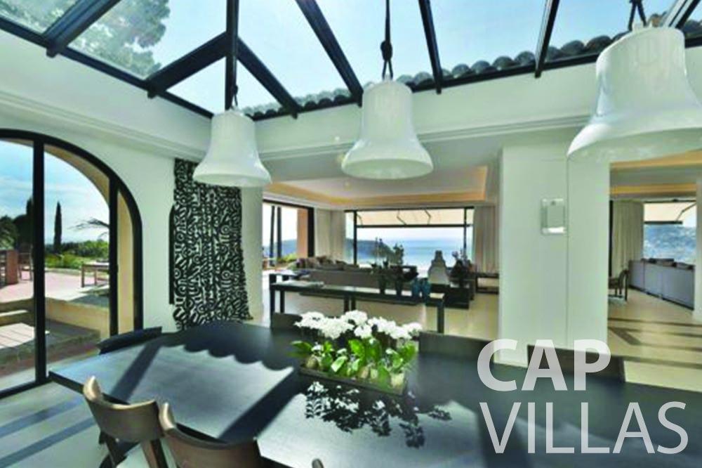 rent Villa Bellevue bellevue villefranche sur mer living area