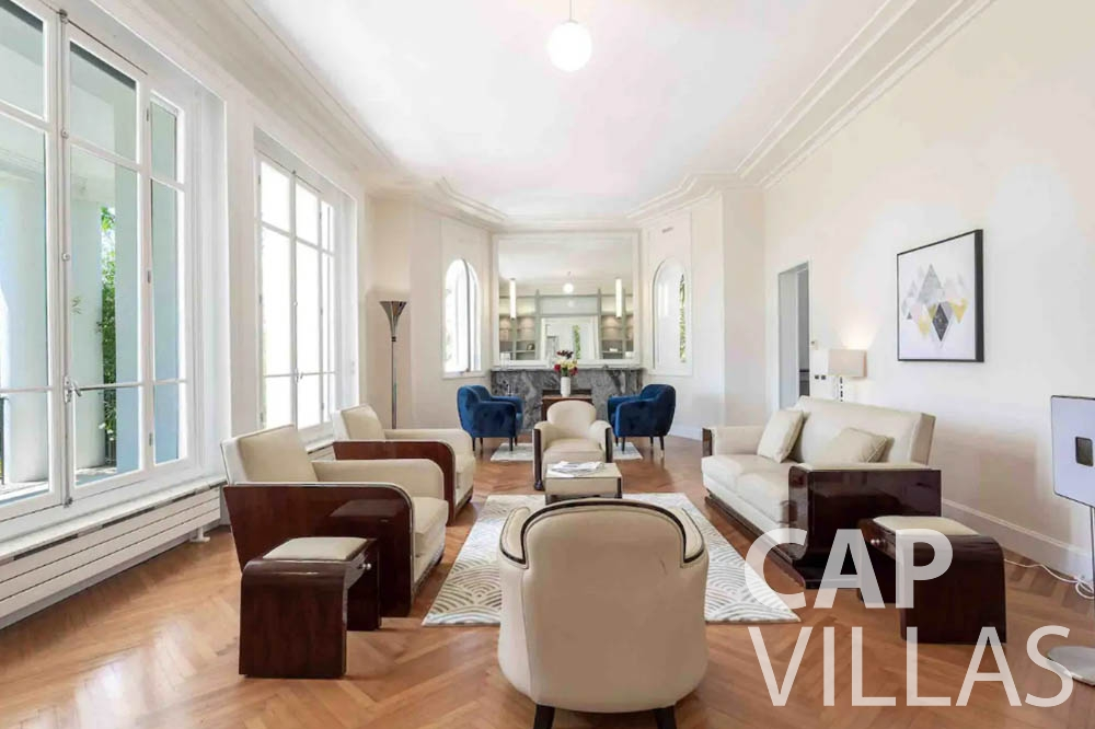 Villa Bianca for rent cap dantibes bianca artdeco living room