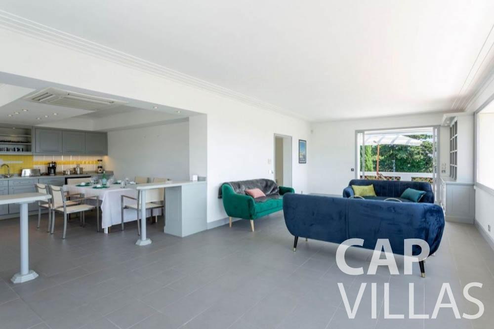 Villa Bianca for rent cap dantibes bianca living area kitchen