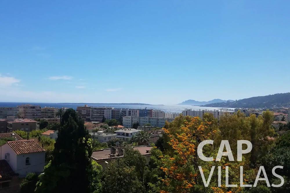 Villa Bianca for rent cap dantibes bianca sea view