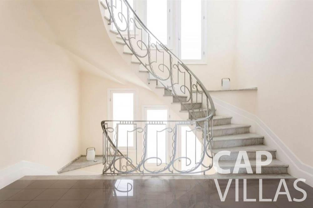 Villa Bianca for rent cap dantibes bianca stairs