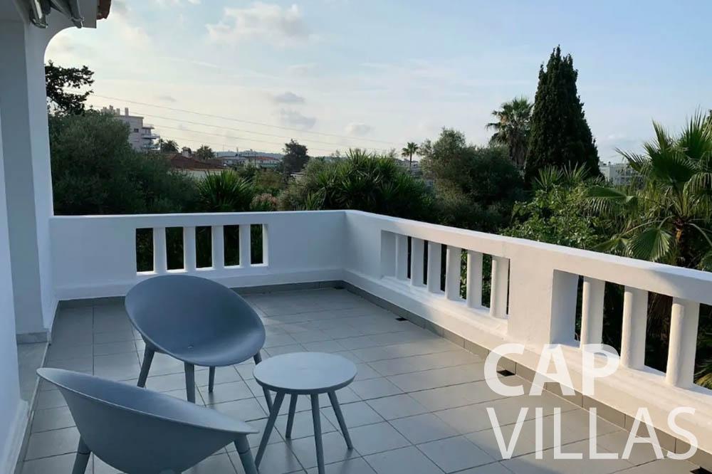 Villa Bianca for rent cap dantibes bianca terrace st floor