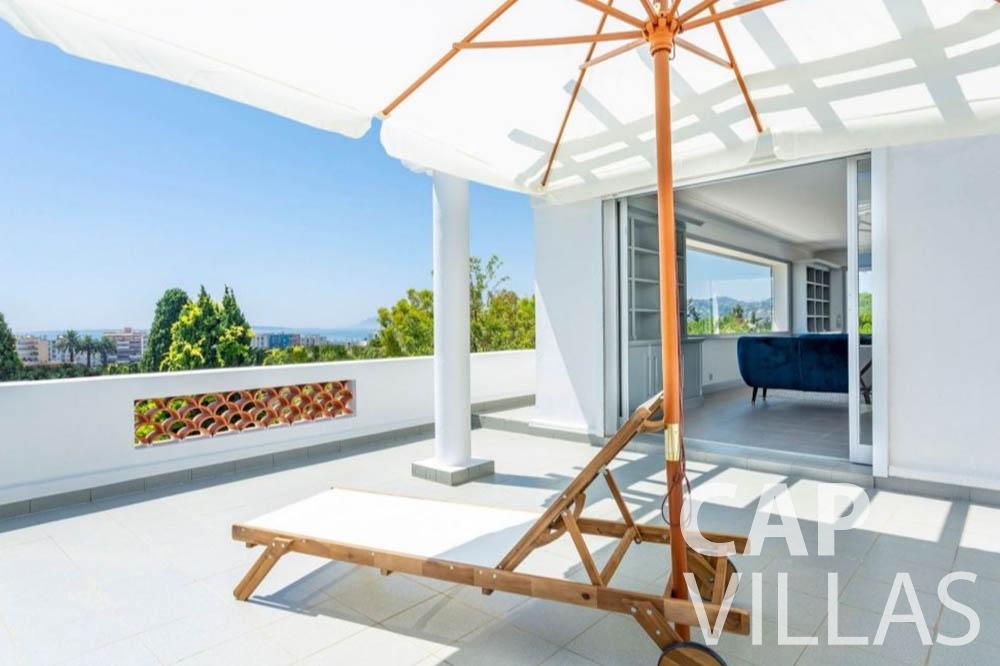 Villa Bianca for rent cap dantibes bianca terrace