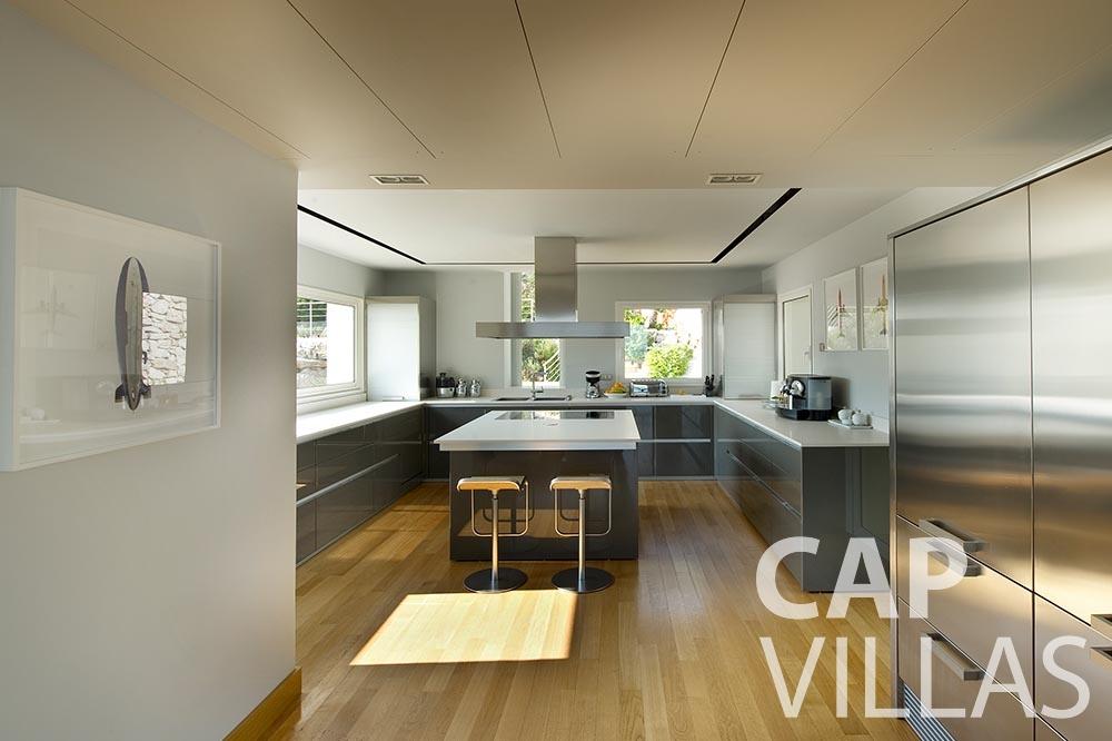 holiday Villa Coco cview saint jean cap ferrat kitchen