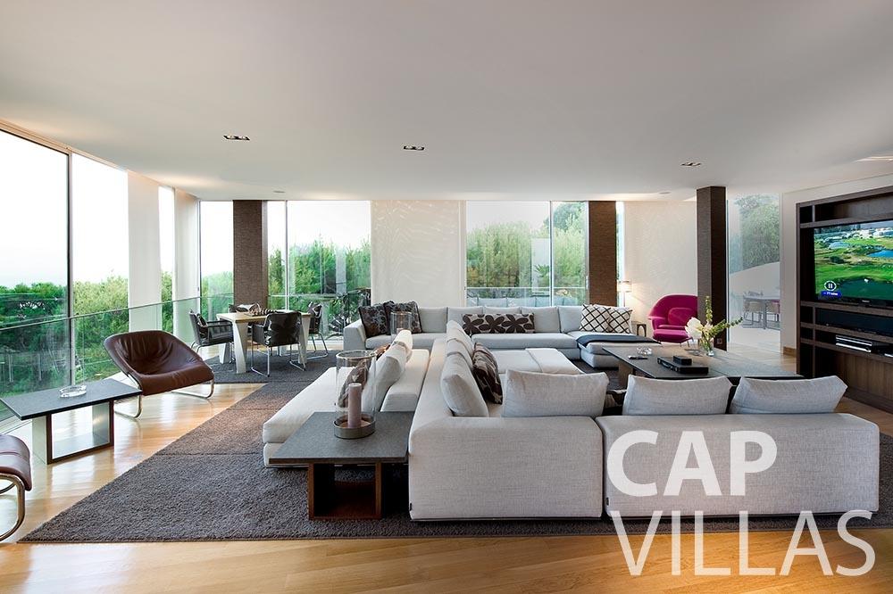 holiday Villa Coco cview saint jean cap ferrat living area