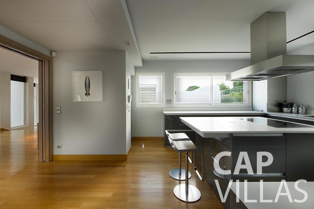 let Villa Coco cview saint jean cap ferrat kitchen