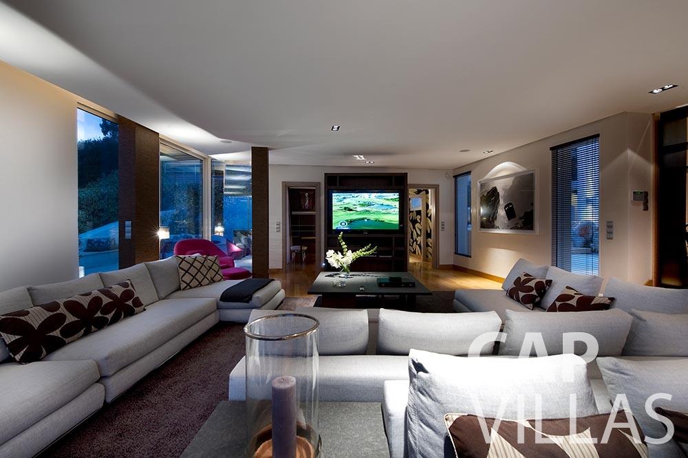 let Villa Coco cview saint jean cap ferrat living area