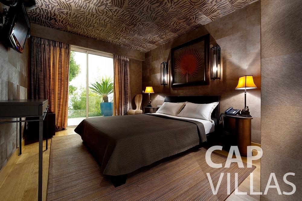 rent Villa Coco cview saint jean cap ferrat bedroom