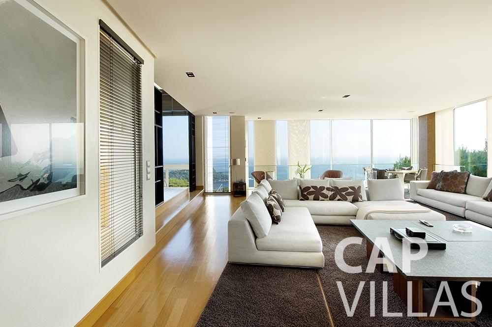 rent Villa Coco cview saint jean cap ferrat living area