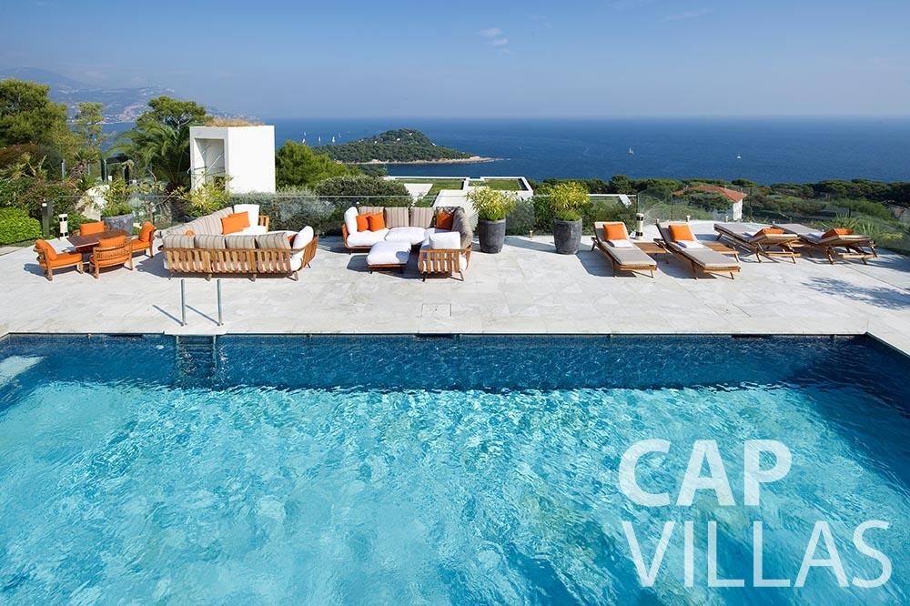 rent Villa Coco cview saint jean cap ferrat swimming pool