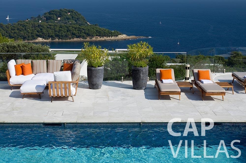 rent Villa Coco cview saint jean cap ferrat swimming pool sea view