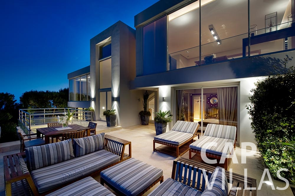 rent Villa Coco cview saint jean cap ferrat terrace