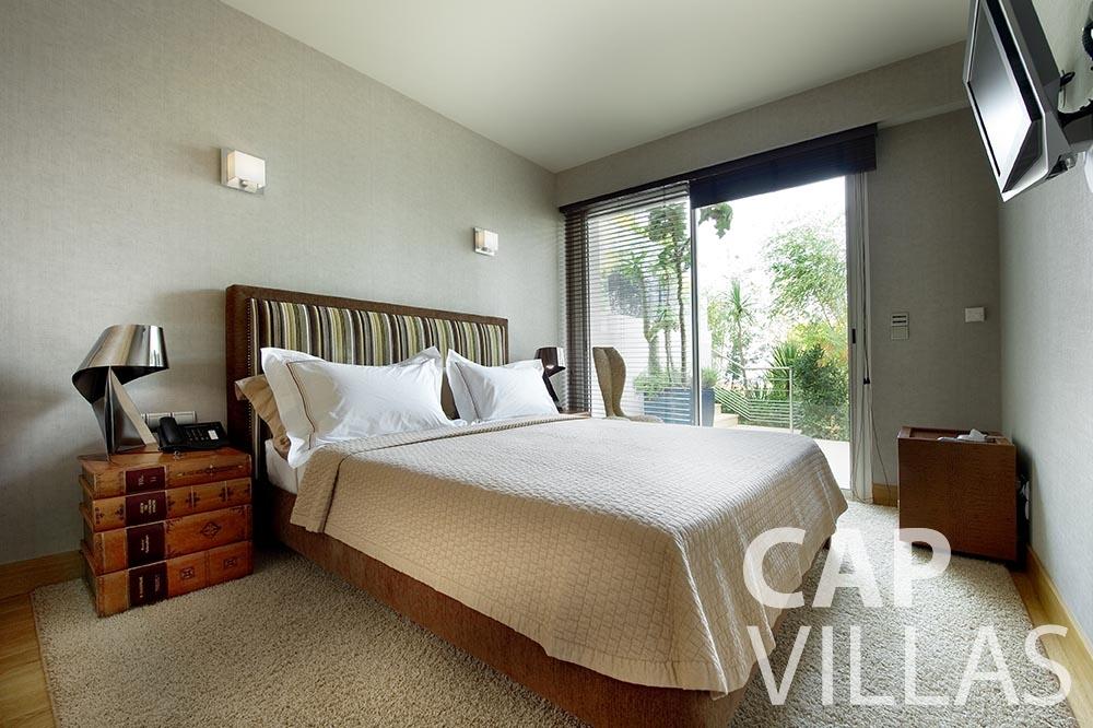summer Villa Coco cview saint jean cap ferrat bedroom