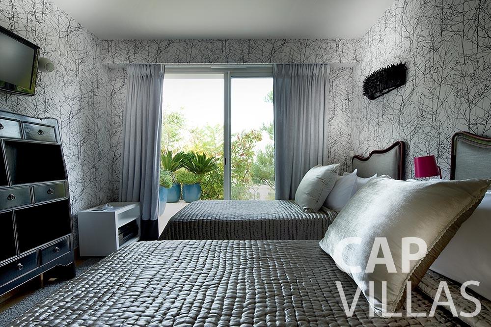 vacation rental Villa Coco cview saint jean cap ferrat bedroom