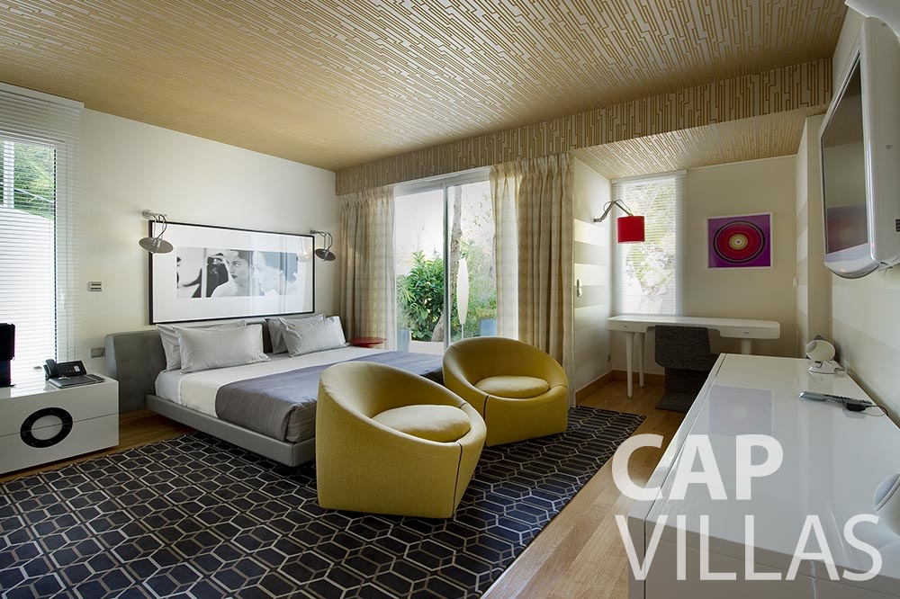 vacation Villa Coco cview saint jean cap ferrat bedroom